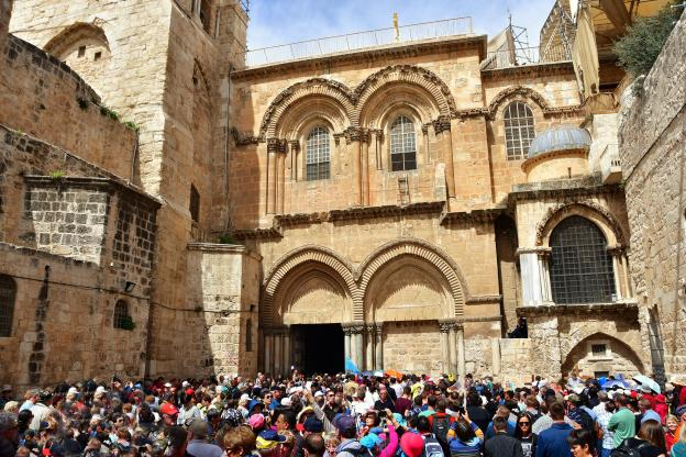 Crowd Entering the Church of the Holy Sepulchre